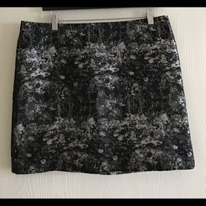 Banana republic size 12 women's skirt mini❤️